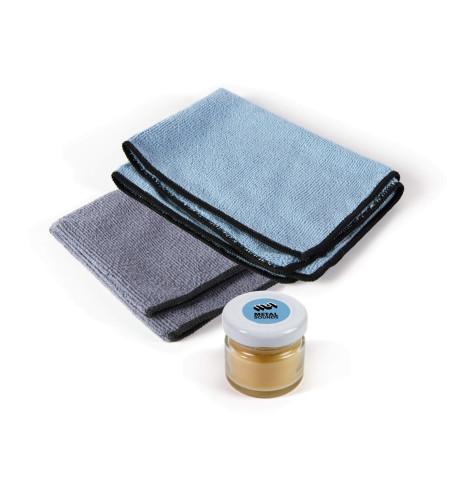 Wax pot + 2 microfiber cloths